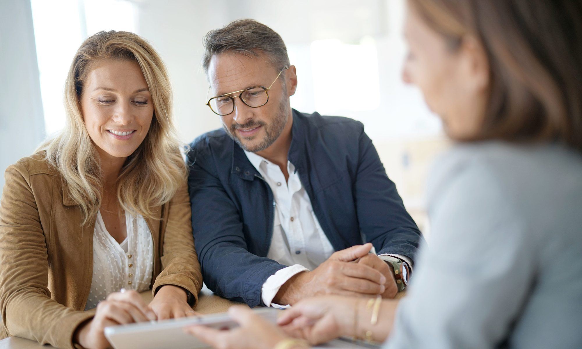 Couple mature souhaitant acheter un bien immobilier